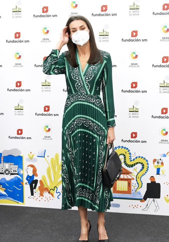 Queen Letizia - Children and Youth Literary Awards Ceremony in Madrid 05/11/2021