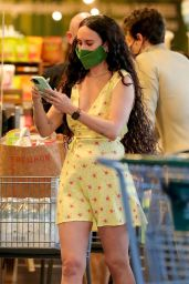 Rumer Willis - Grocery Shopping at Erewhon Natural Markets in Los Angeles 05/11/2021