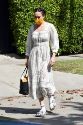 Rumer Willis in a Chic Floral Dress 05/20/2021