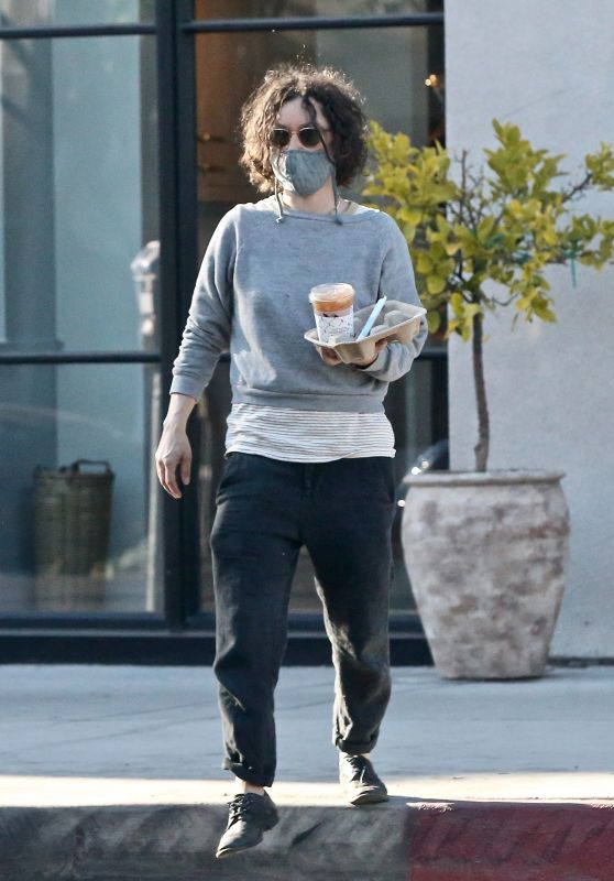 Sara Gilbert at Alfred Coffee in West Hollywood 05/24/2021