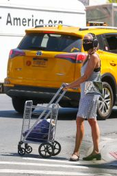 Sarah Jessica Parker - Out in New York 05/23/2021