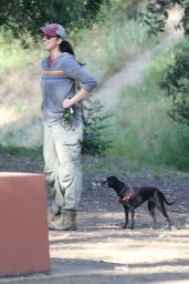 Sarah Silverman - Out in Los Feliz 05/08/2021