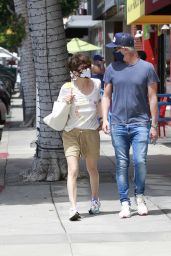 Selma Blair - Out in LA 05/02/2021