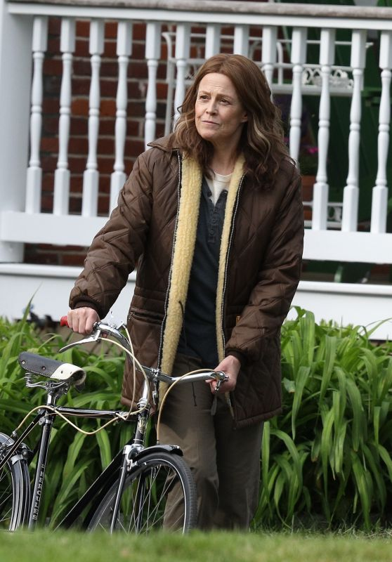 "Sigourney Weaver - ""Call June"" Filming Set in Hartford 05/17/2021"