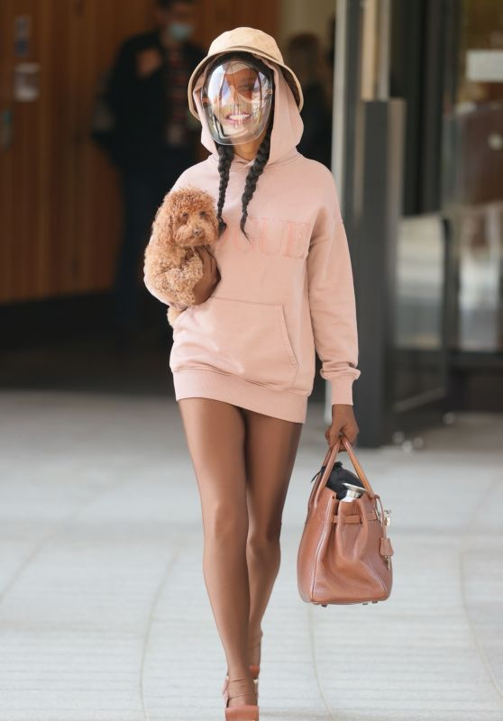 Sinitta in Tights and a Vogue Hoodie - ITV Studios in London 05/18/2021