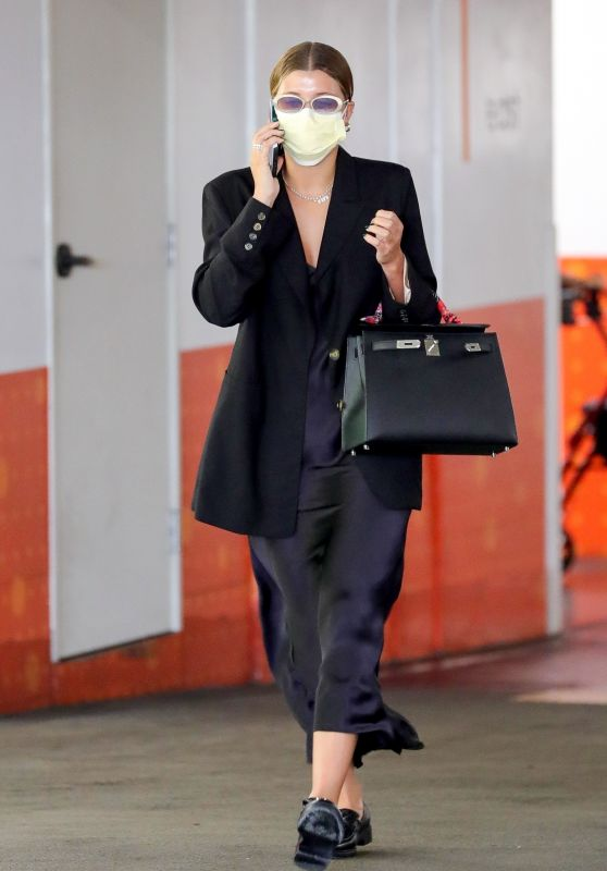 Sofia Richie - Out in Beverly Hills 05/20/2021