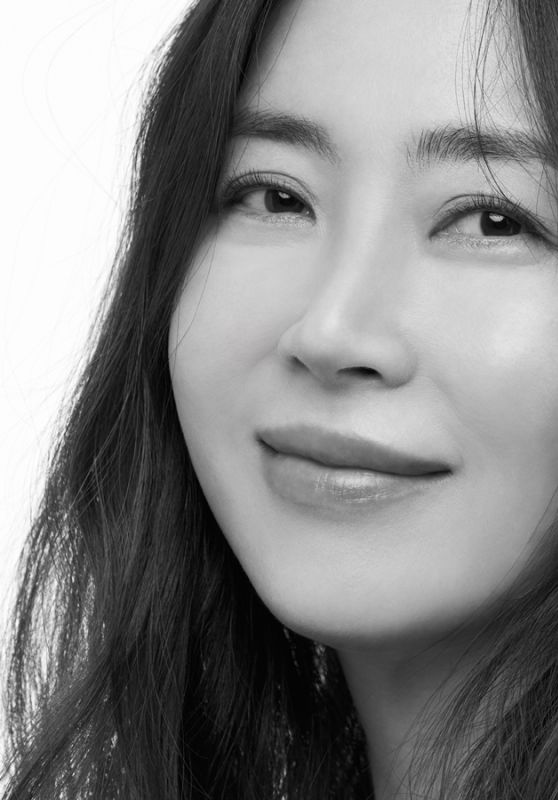 Song Yoon Ah – 200 Korean Actor Campaign 2021