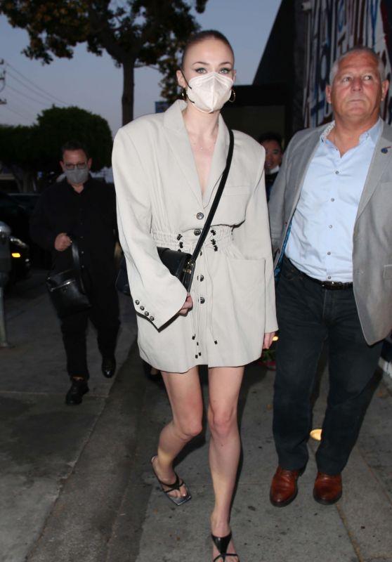 Sophie Turner at Craig