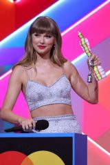 Taylor Swift – BRIT Awards 2021