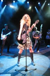 Taylor Swift - Performing at Shepherds Bush Empire in London 05/06/2009