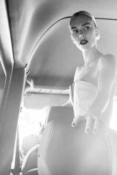 Vanessa Kirby - Gucci Oscar Portrait 2021