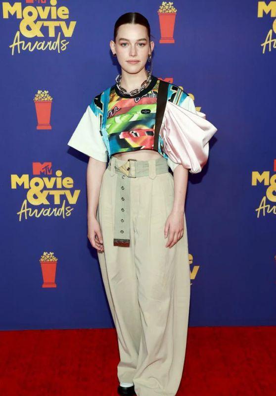 Victoria Pedretti – 2021 MTV Movie & TV Awards