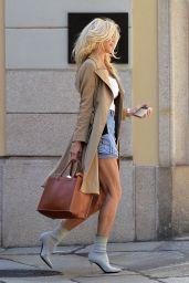 Victoria Silvstedt Street Style - Milan 05/17/2021