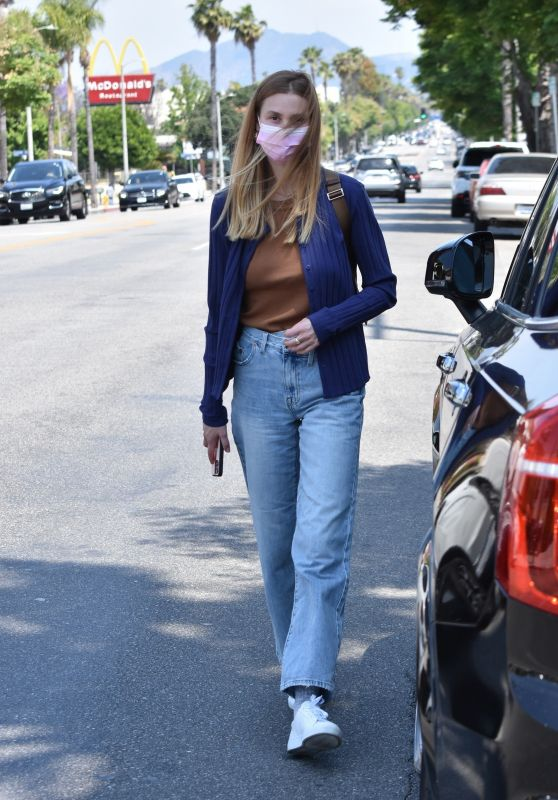 Whitney Port - Shopping at the Antique Mall in Studio City 05/17/2021