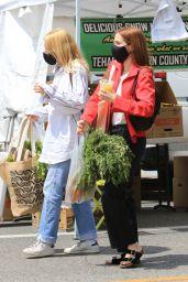 Zoey Deutch at a Farmers Market in LA 05/30/2021
