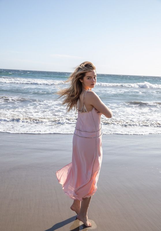Addison Rae - Vogue May 2021