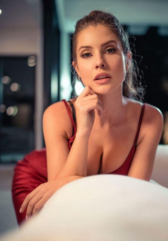 Amanda Cerny - Live Stream Video and Photos 06/24/2021