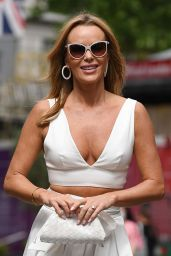 Amanda Holden in the Cleavage-Baring Crop Top 06/10/2021