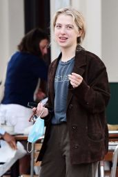 Anais Gallagher Wearing a Farmers Style Outfit - London 06/08/2021
