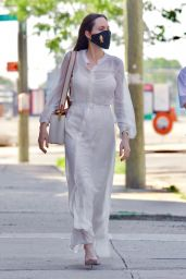Angelina Jolie - Out in Brooklyn, New York 06/10/2021