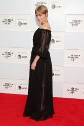 "AnnaSophia Robb - ""Dr. Death"" Premiere at Tribeca Festival 2021"