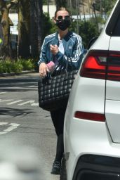 Ashlee Simpson in Workout Outfit - Los Angeles 06/14/2021