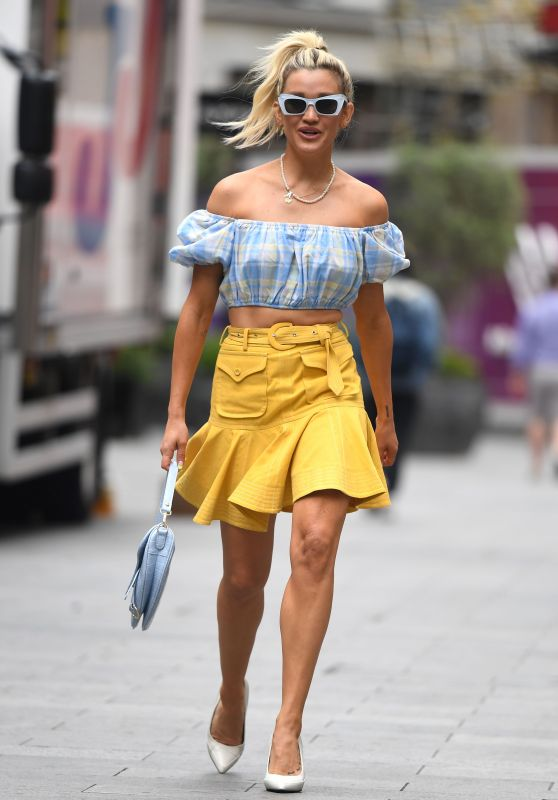 Ashley Roberts in a Miniskirt - London 06/11/2021