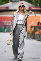 Ashley Roberts Street Style - London 06/10/2021