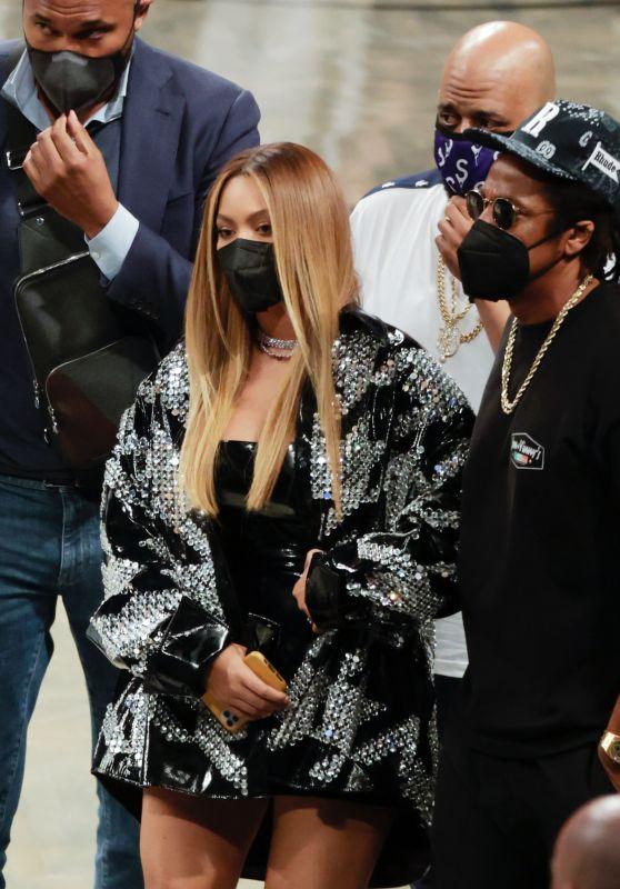 Beyonce and Jay-Z - Milwaukee Bucks vs Brooklyn Nets Game in NY 06/05/2021