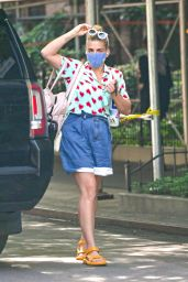 Busy Philipps Wearing a Heart Print Shirt in New York 06/25/2021