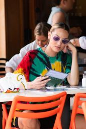 Candice Swanepoel - Lunches at Bar Pitti in NYC 06/09/2021