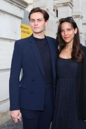 """Caroline Ford and Freddy Cart – """"Alice: Curiouser and Curiouser"""" Private View in London"""