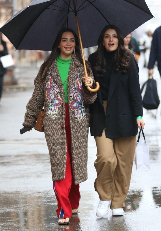 Cartia Mallan at Afterpay Australian Fashion Week Street Style in Sydney 06/03/2021
