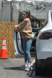 Chantel Jeffries - Out in Los Angeles 06/19/2021