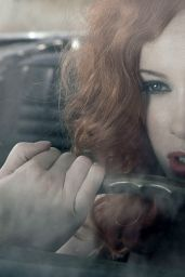 Christina Hendricks - Esquire 2009 Photoshoot