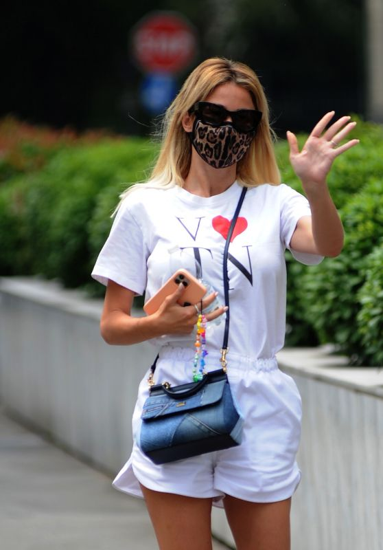 Diletta Leotta - Out in Milan 06/16/2021