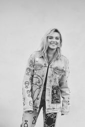 Florence Pugh - Photoshoot for Jeanerica June 2021