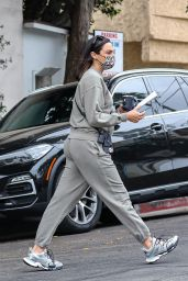 Gal Gadot in Comfy Outfit - Beverly Hills 06/07/2021