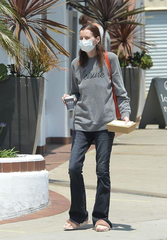 Geena Davis - Out in Los Angeles 06/07/2021