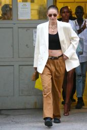 Gigi Hadid - Leaving Marc Jacobs Fashion Show in New York 06/28/2021