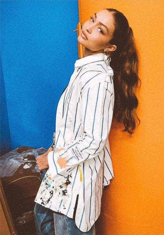 Gigi Hadid Outfit 06/18/2021