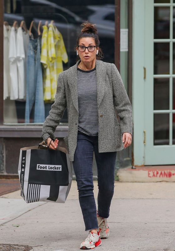 Gina Gershon in Casual Outfit at Footlocker in New York 06/01/2021