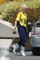 Gwen Stefani - Out in Los Angeles 06/15/2021