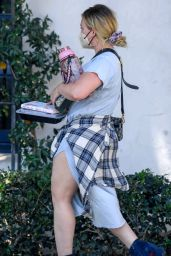 Hilary Duff - Arriving at a Hair Salon in LA 06/14/2021