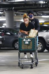 Hilary Duff - Shopping at Whole Foods in LA 06/13/2021