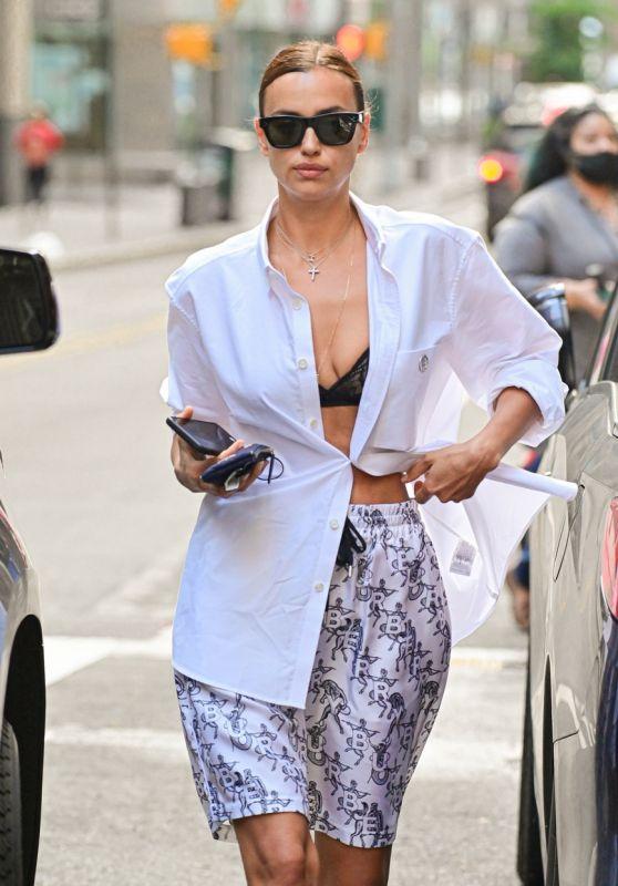 Irina Shayk - Out in Brooklyn 06/15/2021