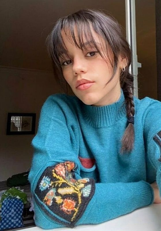 Jenna Ortega 06/08/2021