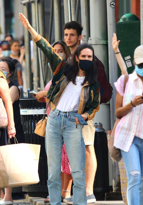 Jennifer Connelly - Hails a Taxi in NYC 06/06/2021
