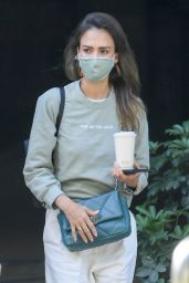 Jessica Alba - Arrives at The Honest Company HQ in Brentwood 06/10/2021