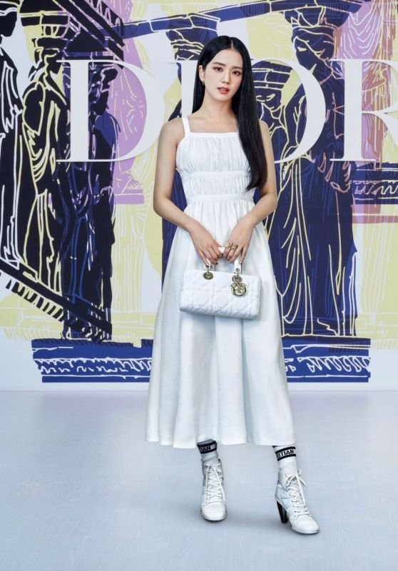 Jisoo (Blackpink) - Photographed for Dior Cruise (2022)